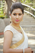 Manali rathod latest glam pics-thumbnail-8