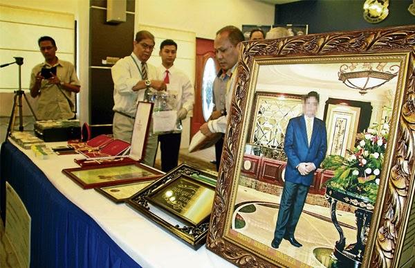 Datuk Seri rupanya drebar lori