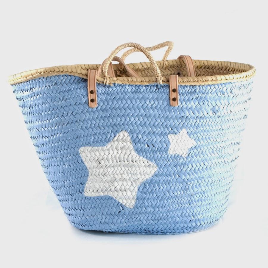 http://www.tujuru.com/tienda/capazos_pintados/capazos/capazo_playa_grande_pintado_azul_con_estrellas/