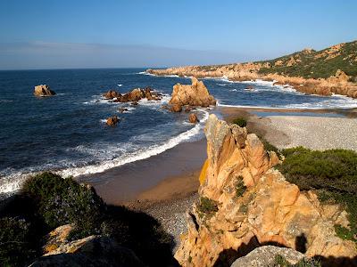 La spiaggia di Tinnari