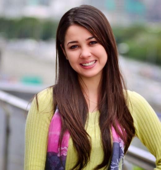 Profil dan Biodata Emma Maembong
