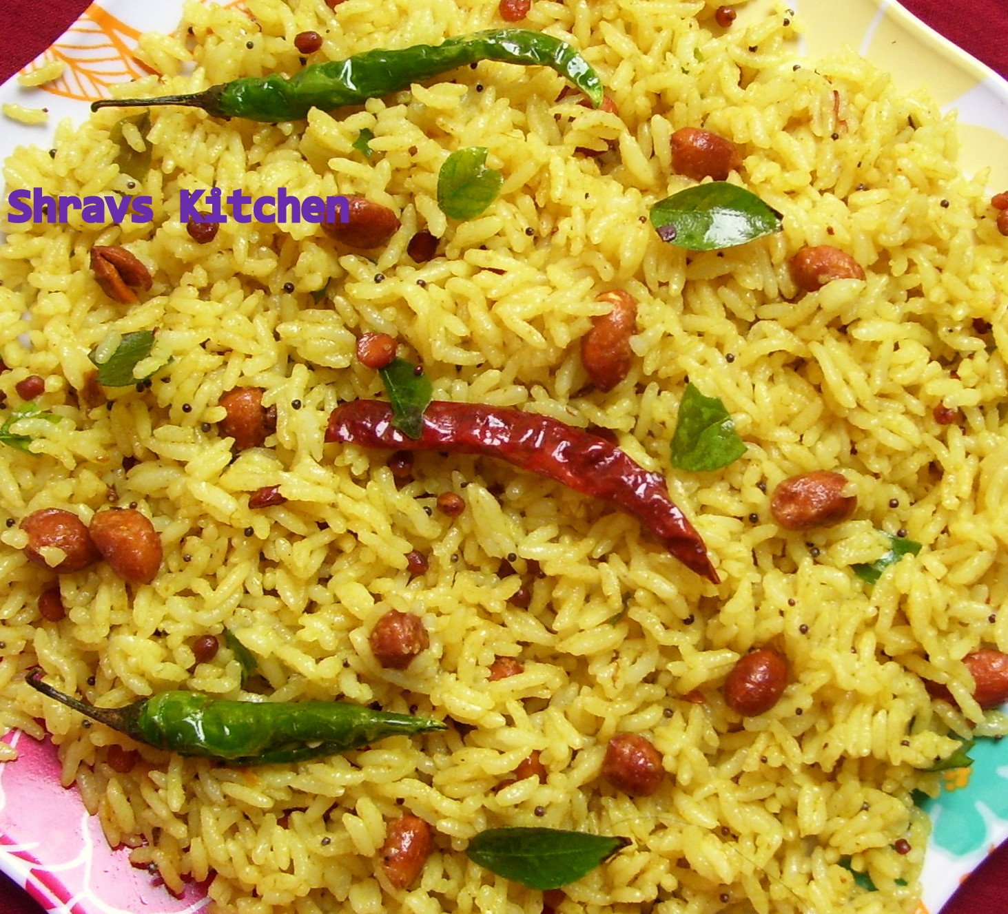 Shravs Kitchen: CHINTAPANDU PULIHORA/ TAMARIND RICE