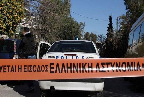 Φρικτή ρατσιστική δολοφονία στη Λακωνία ~ Διέλυσαν το κεφάλι ηλικιωμένης Ελληνίδας με κούτσουρα