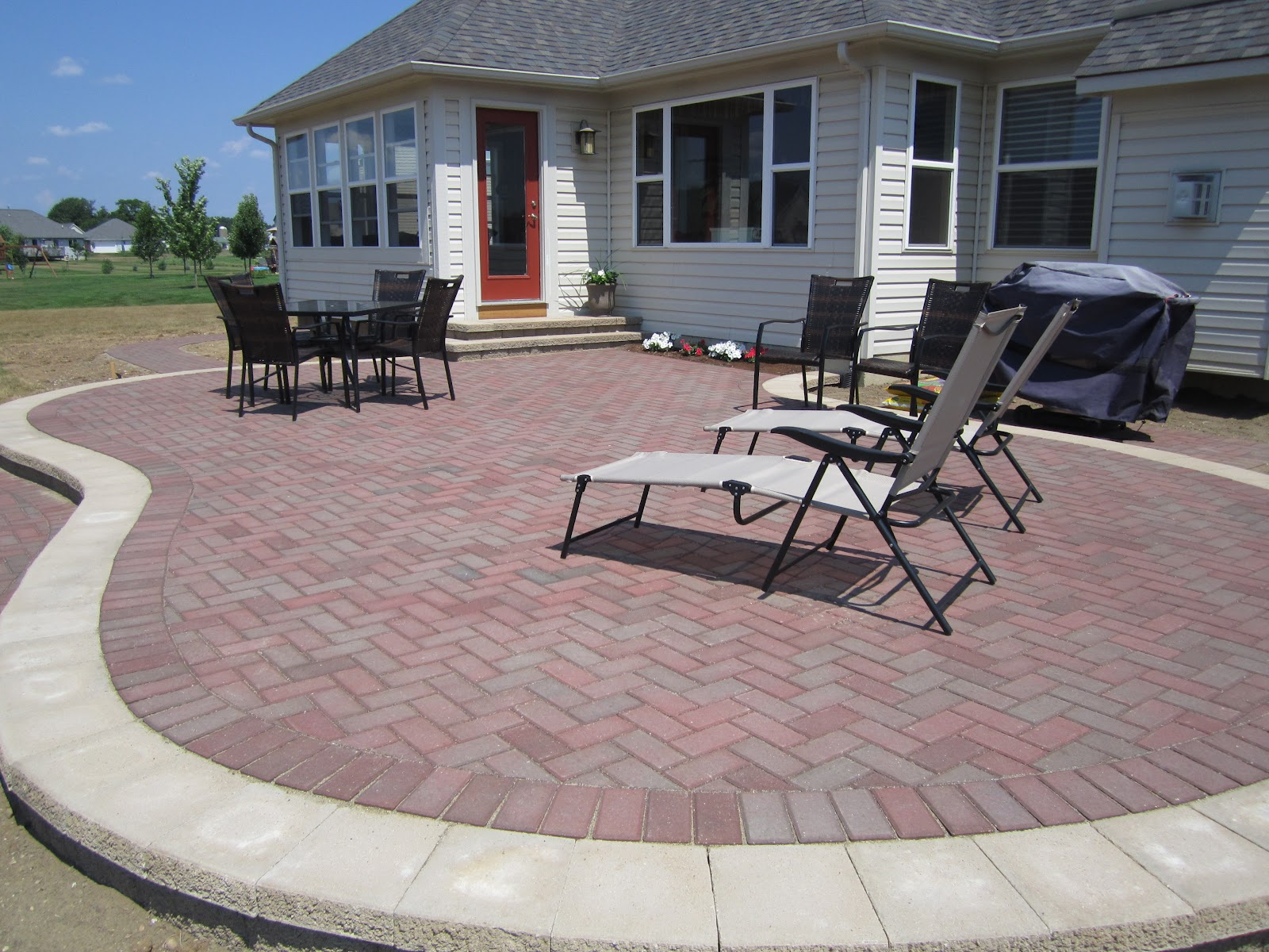 Patio design brick paver paver patio design ideas patio paverfirepit memorial tables - Paver designs for backyard ...