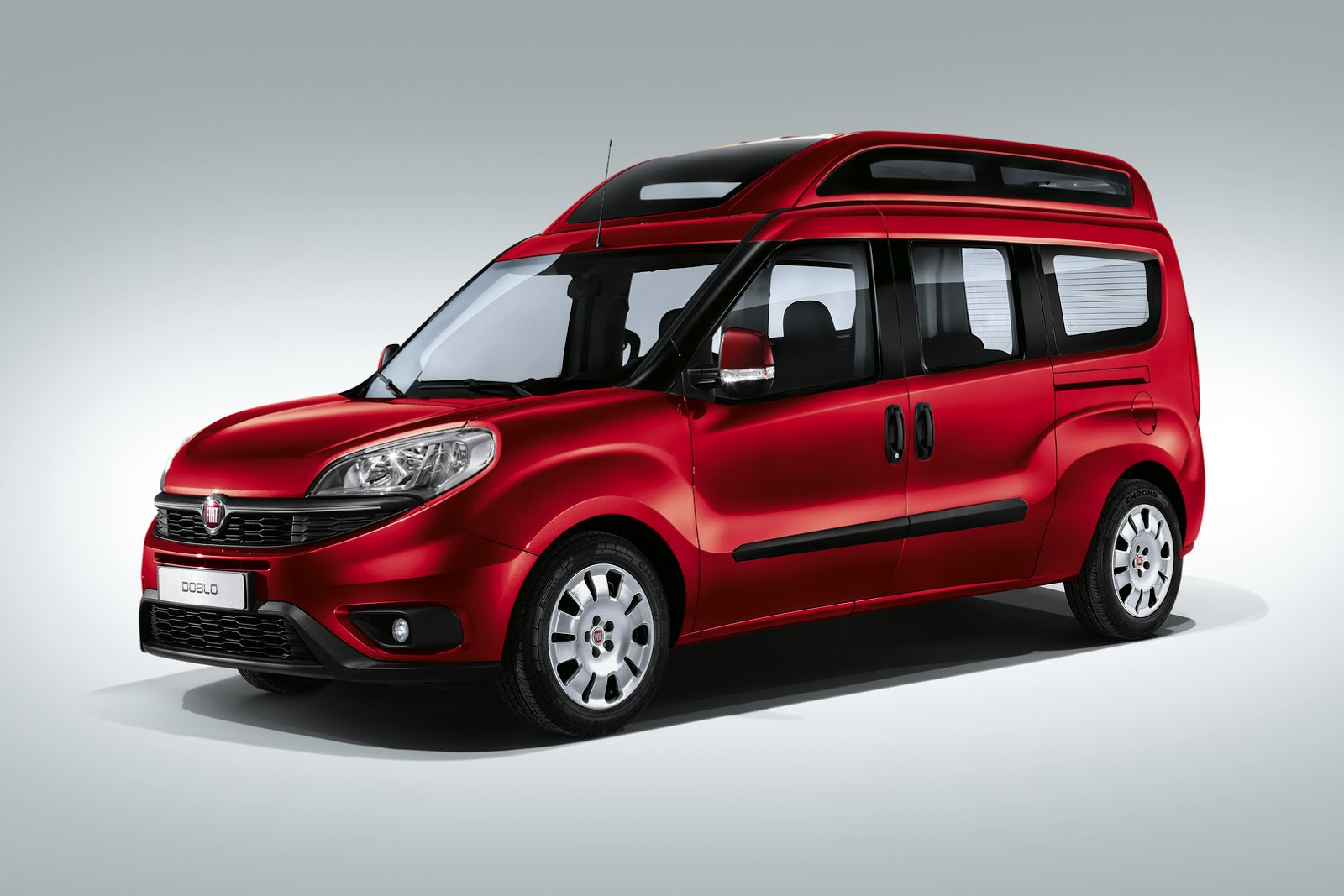 fiat doblo mpv international pictures