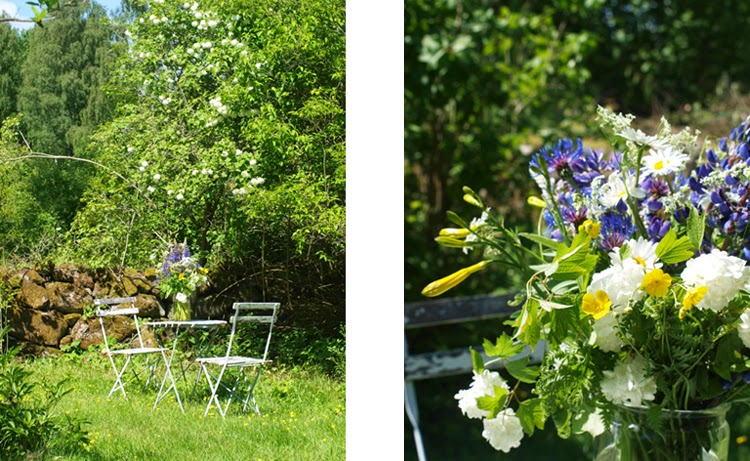 Siddeplads i den vilde have, hvor der er pyntet med blomsterbuket fra grøftekanten. Naturligt og nemt