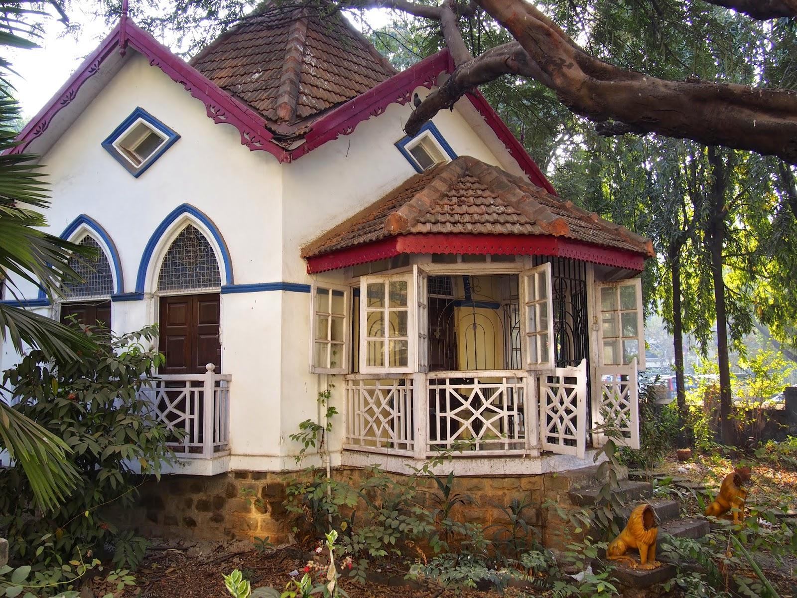 india bungalows of bandra bombay 39 s vanishing heritage minor sights. Black Bedroom Furniture Sets. Home Design Ideas
