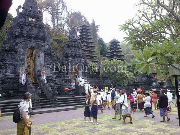 Lawah Goa temple, Bali Indonesia