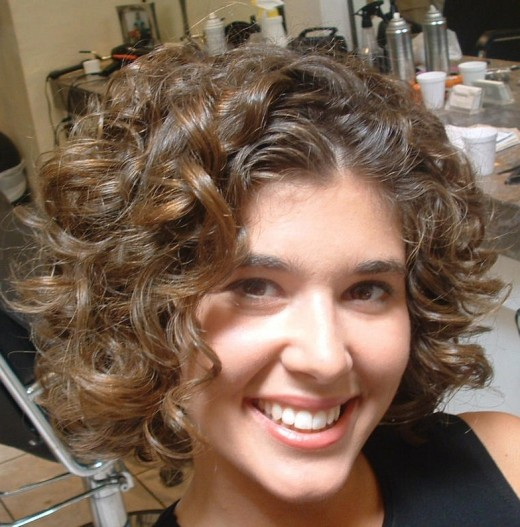Curly Hair Styles 2010 For Women. Short Curly Hairstyle 2010