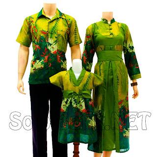 SK013 Sarimbit Batik Keluarga Pasangan Solo 2013