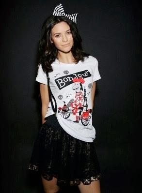 http://www.imsorrywhatdidyousay.com/iron-fist-bonjour-t-shirt-922-p.asp