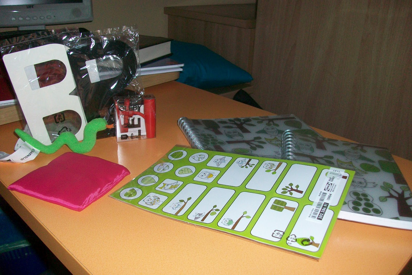 mobili con gufi: mint and coral baby mobile elephant and balloon ... - Comodino Con Gufi