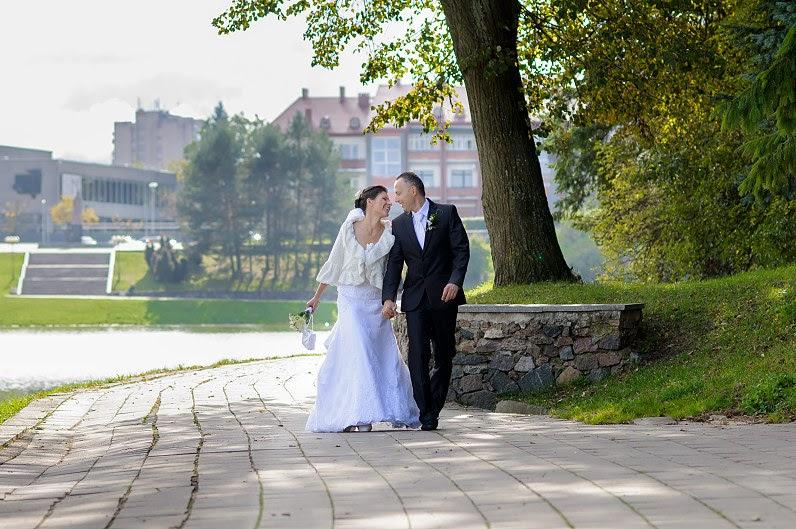 vestuvių fotosesija senvagėje panevėžyje