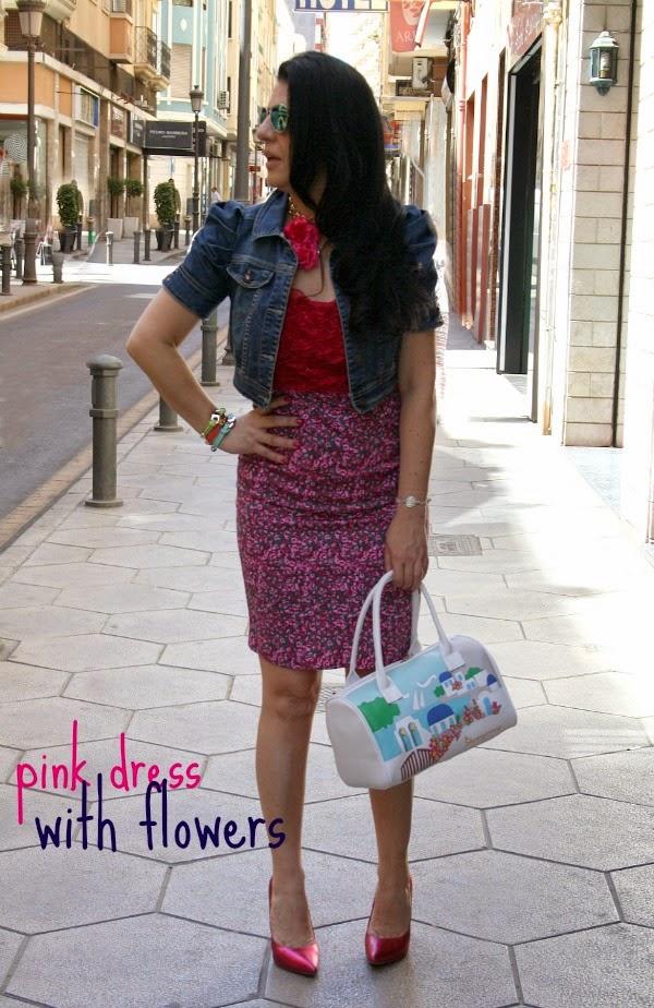Vestido rosa de flores Prim Secret