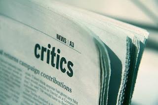 mengkritik_diri_sendiri