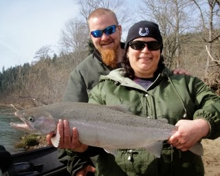 Umpqua-river-steelhead-fishing-trips