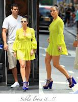 Kim Kardashian ın Boyunu Uzun Gösteren Platform Topuklu Ayakkabıları