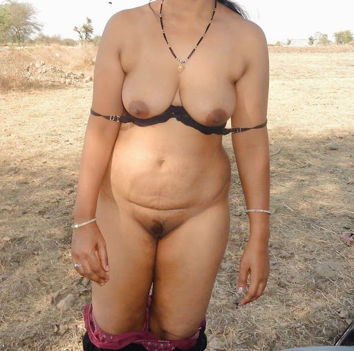 big busty indian village hot housewife sex outdoor scene   nudesibhabhi.com