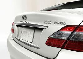 Rear view of white 2012 Infiniti M Hybrid