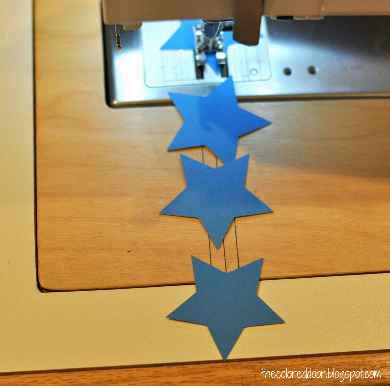 sew your own star garland - the colored door