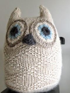 http://translate.google.es/translate?hl=es&sl=en&tl=es&u=http%3A%2F%2Fwww.purlbee.com%2Fthe-purl-bee%2F2011%2F9%2F22%2Fwhits-knits-big-snowy-owl.html