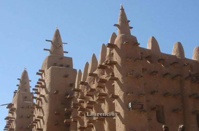 Masjid-Djenne-Mali-Afrika-Barat_6