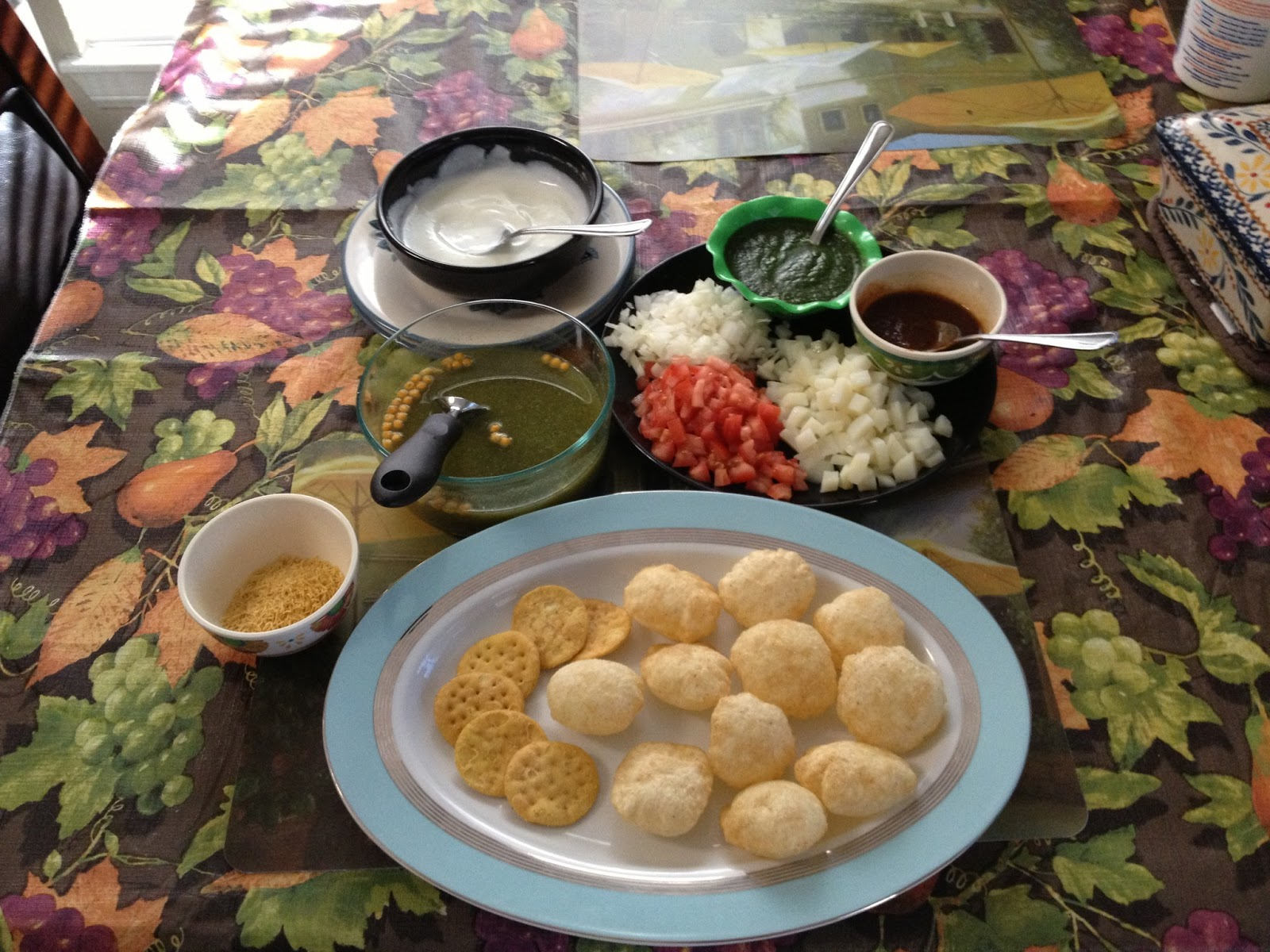 Indian street food dahi sev puri dahi papdi chatpani puri indian street food dahi sev puri dahi papdi chatpani puri forumfinder Choice Image