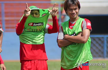 Bustomi dan Juan revi
