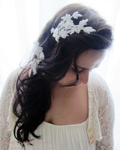 Bridal hair accessories Heart Shaped Petals