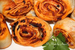 http://okiemidlonmi.blogspot.com/2014/06/slimaczki-z-ciasta-francuskiego.html