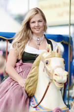Dirndl - Oktoberfest Outfit Review #2