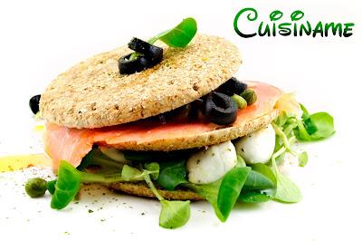 sandwich de salmon, sandwich, recetas light, recetas sanas, salmón ahumado, sandwiches y bocadillos, pescados y marisco, queso