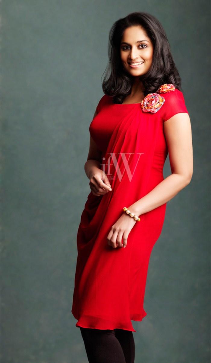 Shalini Ajith Stills Www Tamilmp3album Com