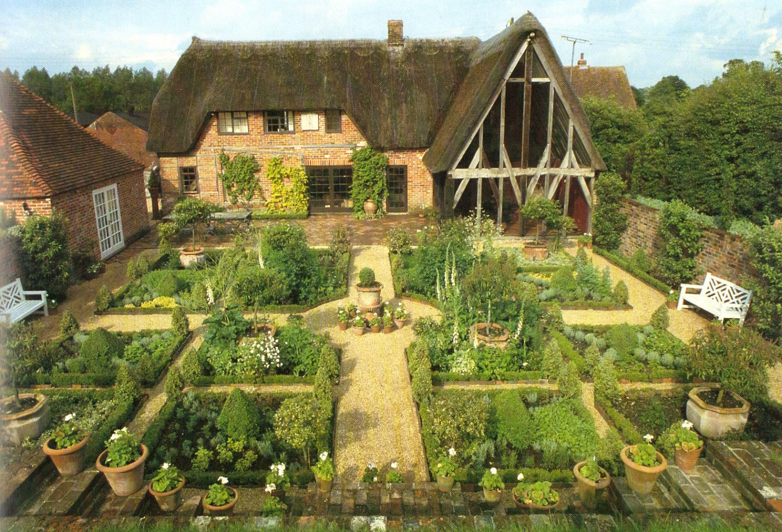 Kitchens i have loved for Kitchen garden layout