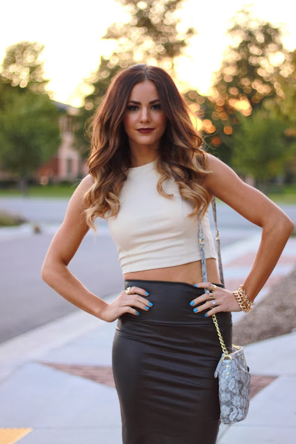 How to Wear Crop Tops in the Fall
