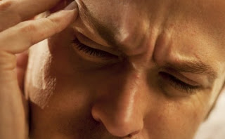 Naltrexone for migraine treatment