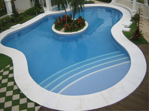 piscina em granito