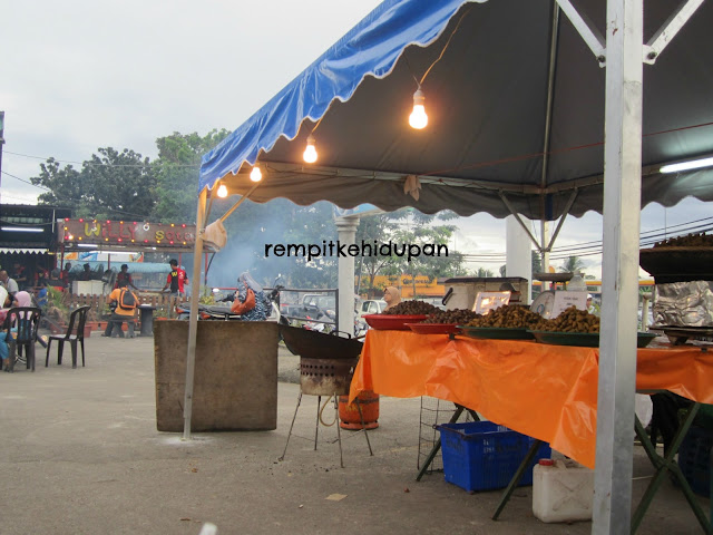 Jalan order makan willy satay ramal junction sungai for Alissara thai cuisine