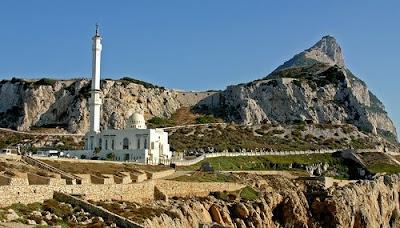 10 Masjid Dengan Design Bangunan Unik Dan Indah [ www.BlogApaAja.com ]