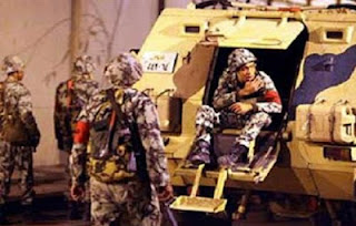 تواجد أمني مكثف لقوات جيش وشرطة بنفق أحمد حمدي بالسويس ومعديات القناة