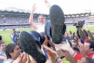 Paco Herrera en la celebración del ascenso del Celta
