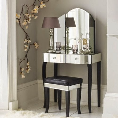 luxury dressing table model