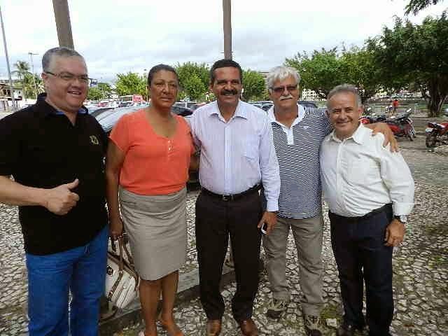 Prefeito Vane ao lado de Ângela Sousa ajudando no crescimento e fortalecimento de Itabuna..