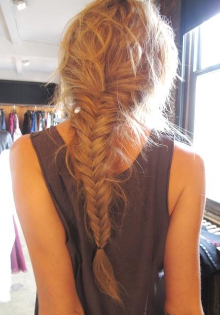 fishtail braid tutorial. fishtail braid tutorial!