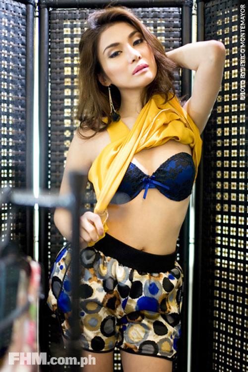 bianca peralta sexy bikini pics 01