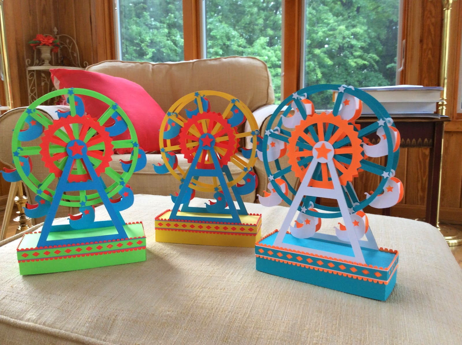 Papercrafts and other fun things: A Paper Ferris Wheel ...