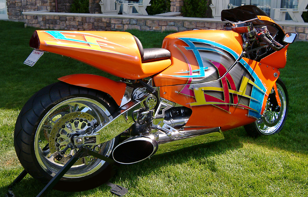 WORLD's FASTEST PRODUCTION MOTORCYCLE