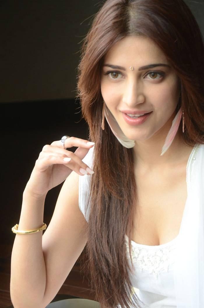Shruti Hassan in White Dress Photoshoot