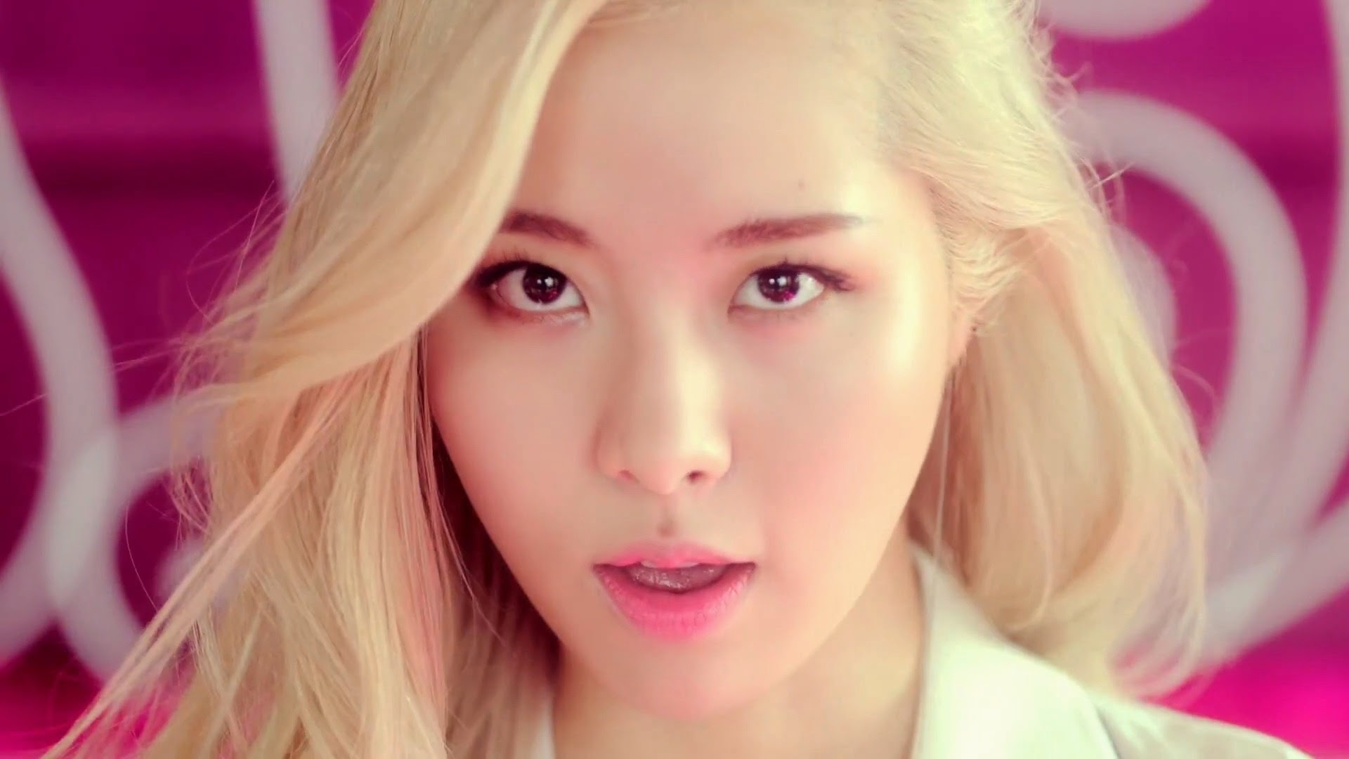 Lim Kim in Love Game MV