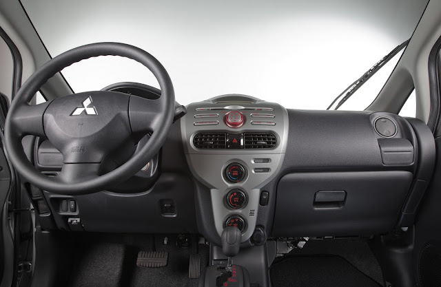 interior view of 2012 Mitsubishi i-MIEV